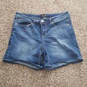 Seven7 jean shorts size 12